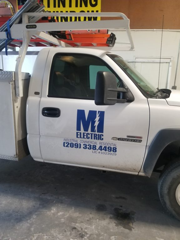 MI Electric - Best Licensed Electrician in Modesto, CA